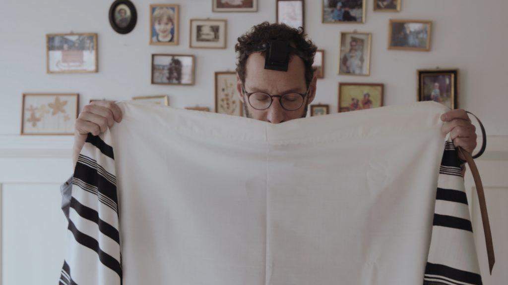 Der Filmemacher David Vogel geht von seiner eigenen religiösen Biographie aus © First Hand Films