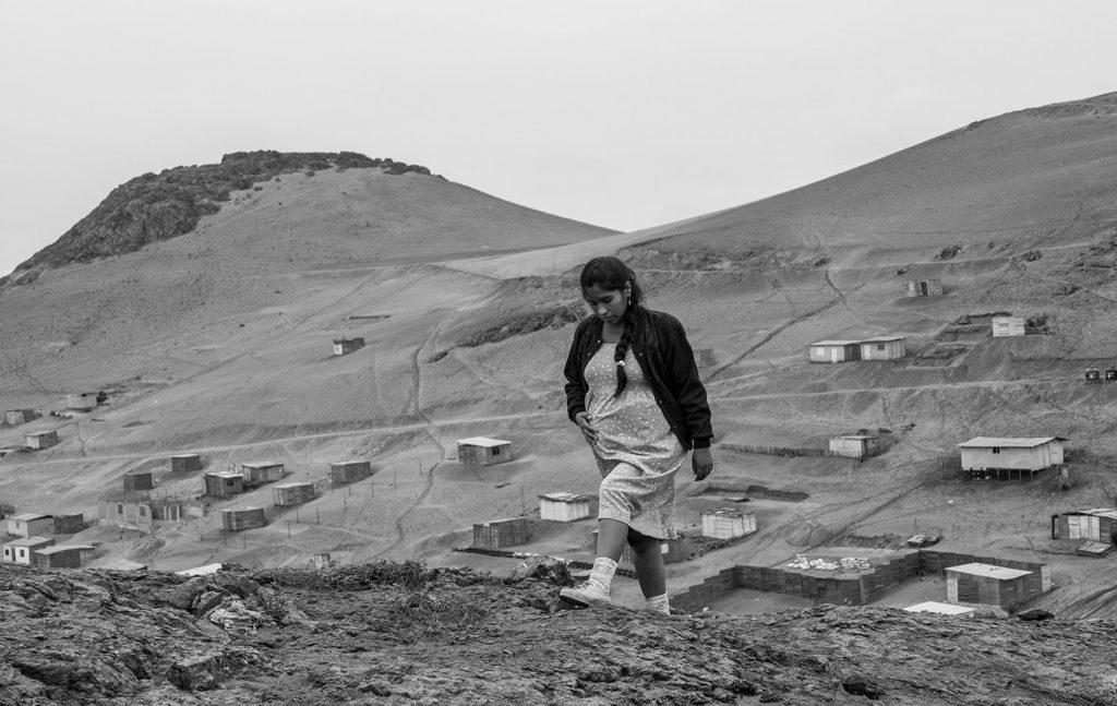 Georgina ist hochschwanger und muss täglich nach Lima zur Arbeit © trigon-film.org