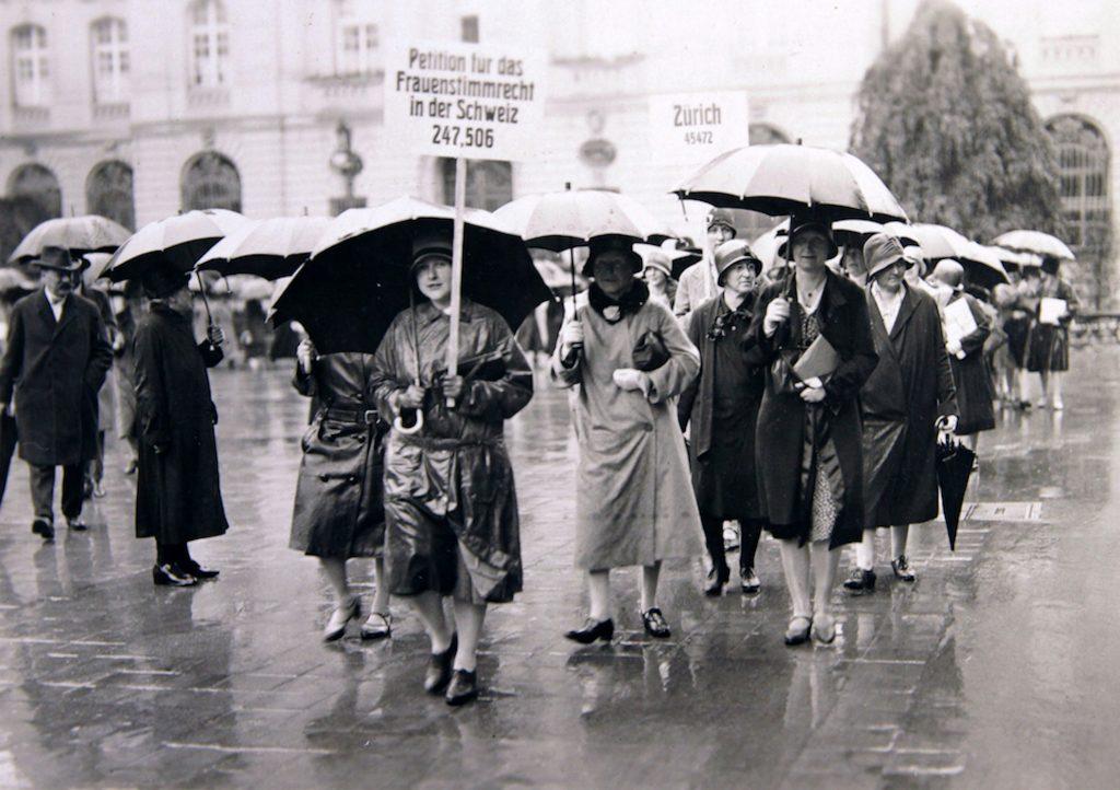 Petition für das Frauenstimmrecht 1929 © First Hand Films